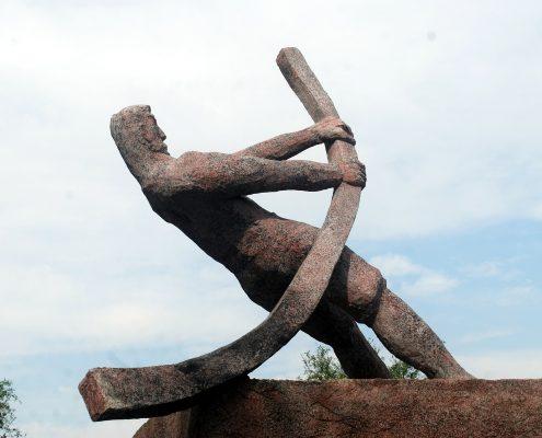 Eisenstatue